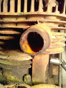 Energic motoculteur moteur fuel/air inlet form carburetor water damage www.energic.info