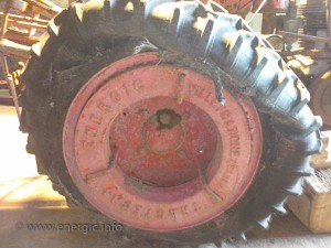 Energic motoculteur D9 with old tread tyres www.energic.info