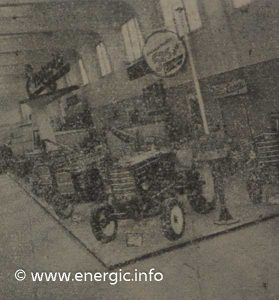 Energic agricole show 1958 internal large stand highlighting the Energic 525 diesel tracteur www,energic.info