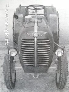Energic 540 Tracteur (38.5cv 1960) model Vigneron. www.energic.info